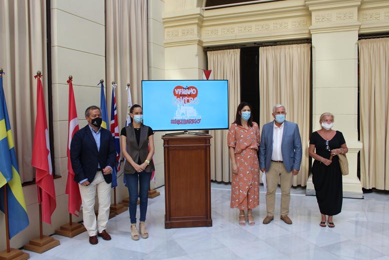 Presentación del plan de reactivación del Centro en el Ayuntamiento de Málaga